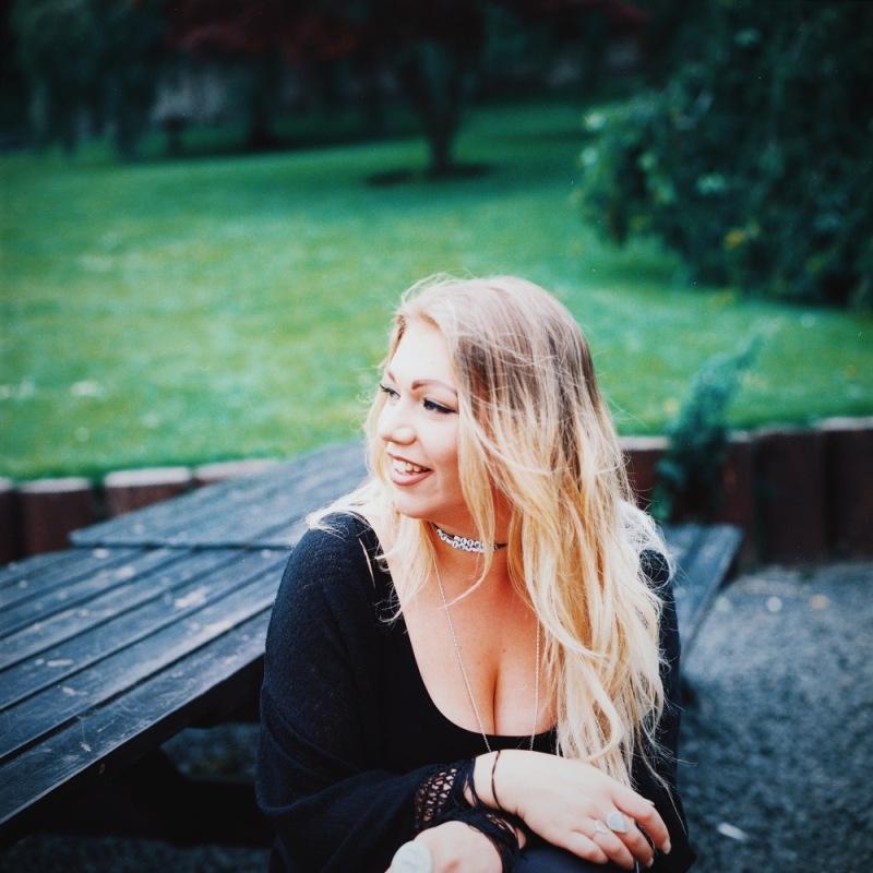 Jen + Hasselblad