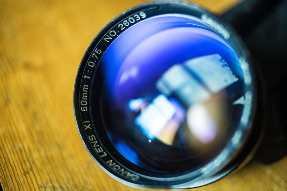 Canon 50mm f0.75 XI lens