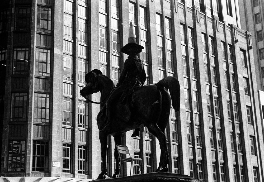 Glasgow Duke of Wellington statue
